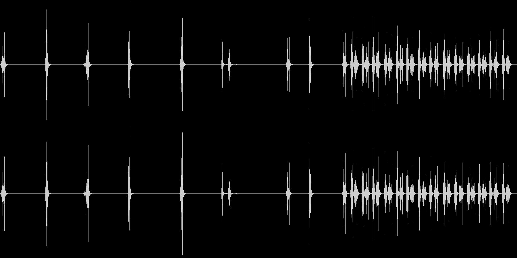 ハサミ、カット、スロー、ファースト...の未再生の波形