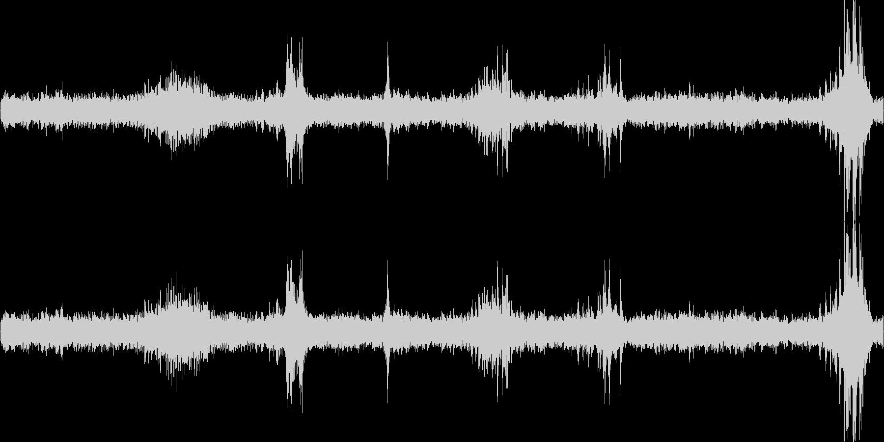 重機で建物(パン工場)を解体する音の未再生の波形