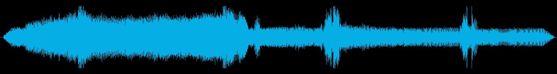 車 メルセデスAMG C63 S加...の再生済みの波形