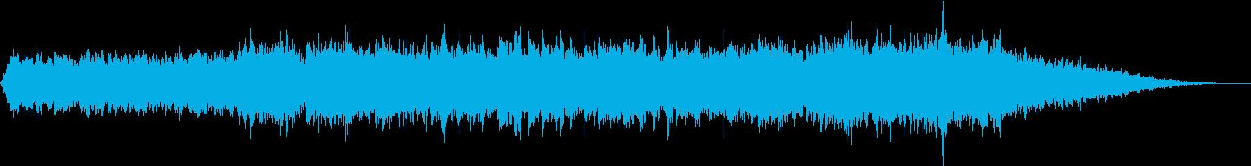 ピアノと壮大なシンセの感動的なバラード5の再生済みの波形