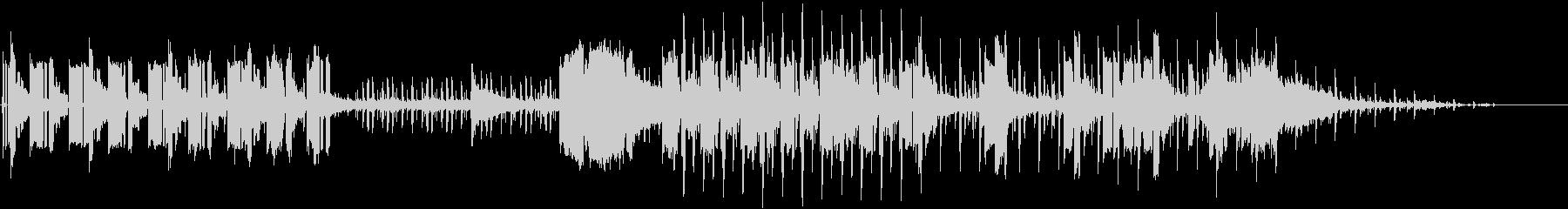 シーケンス化された低音とシンセの効...の未再生の波形