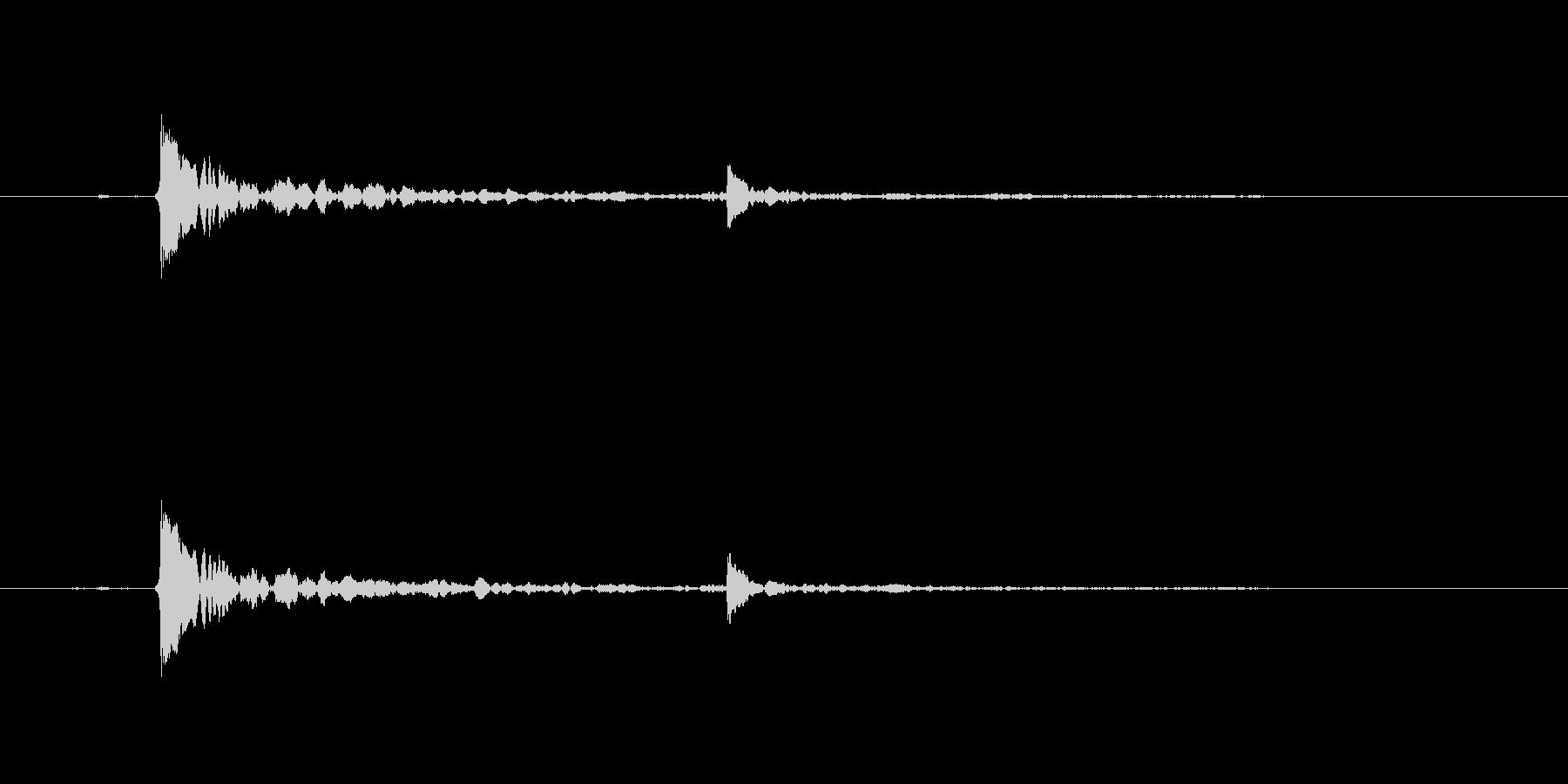 水滴-単一の水滴が水面に当たるの未再生の波形