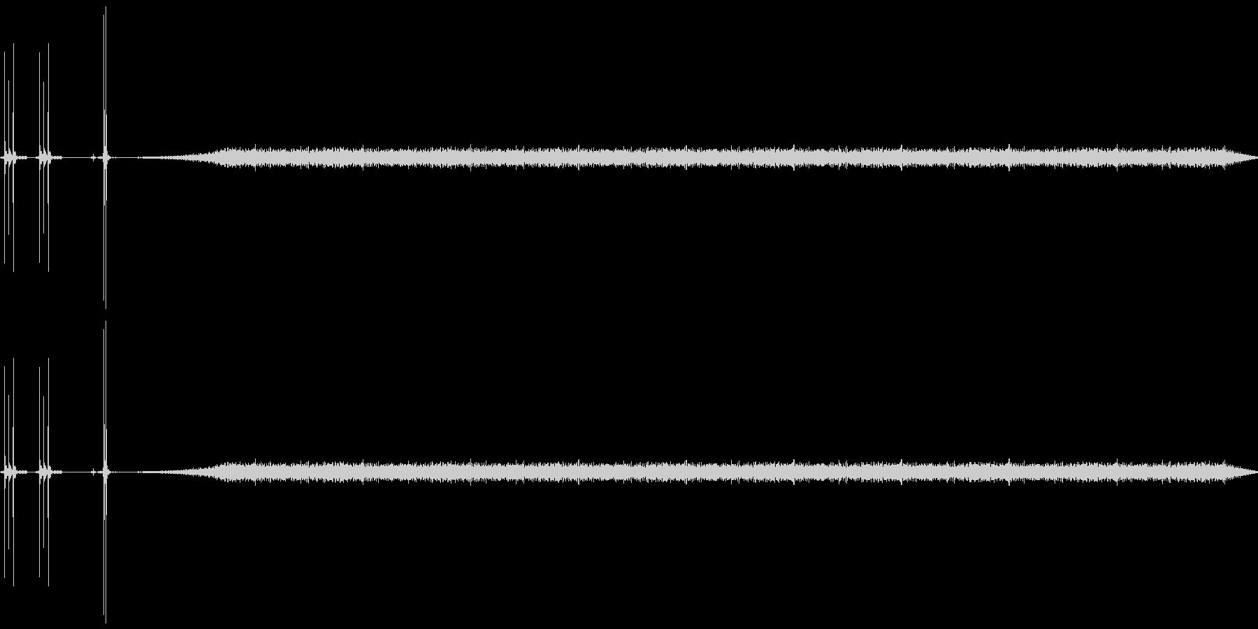 カチカチ(スイッチ)起動の機械音の未再生の波形