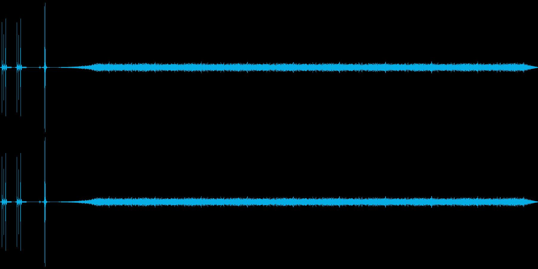 カチカチ(スイッチ)起動の機械音の再生済みの波形