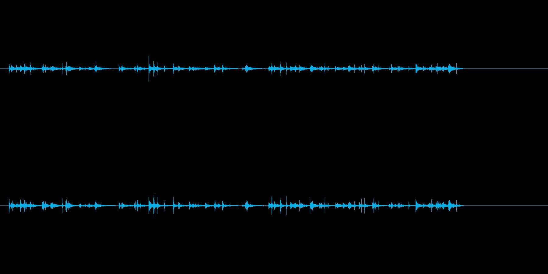 タンク、Echoeyの水滴の再生済みの波形