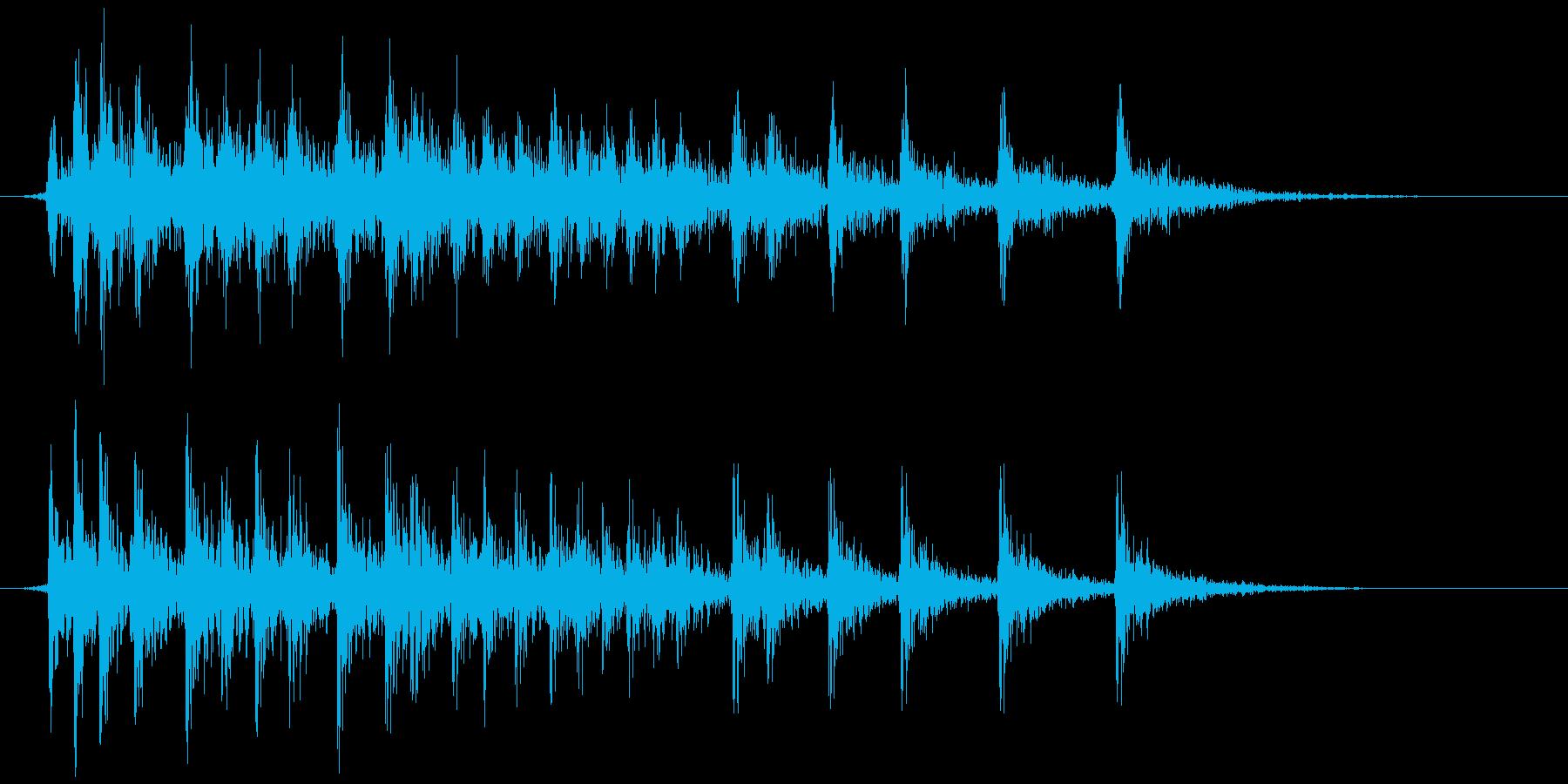 軋む(床など) ギィィッの再生済みの波形
