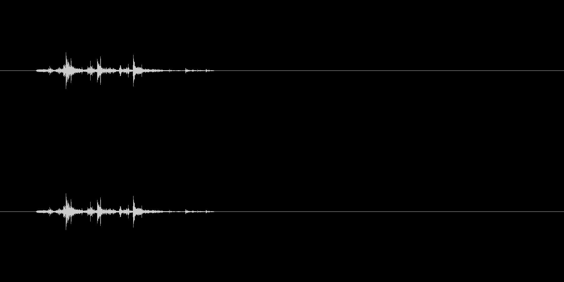 【筆箱02-5(ガサガサ)】の未再生の波形