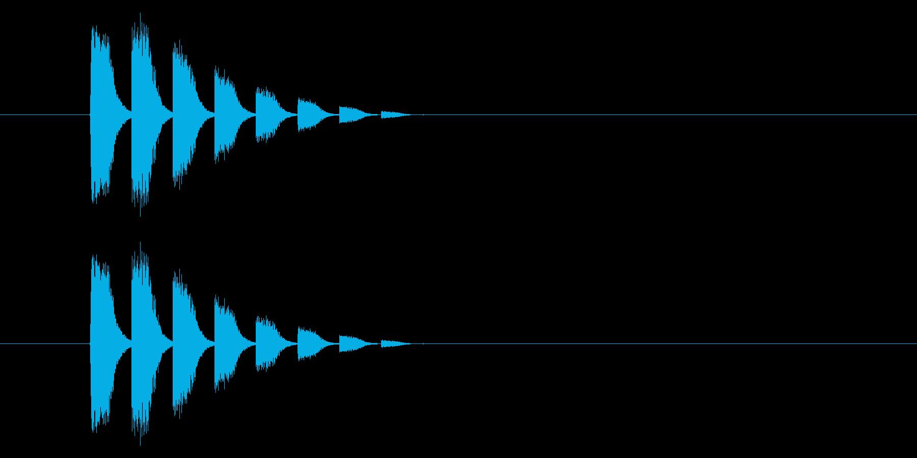 ダダダダ…… レトロゲーム風逃走音の再生済みの波形