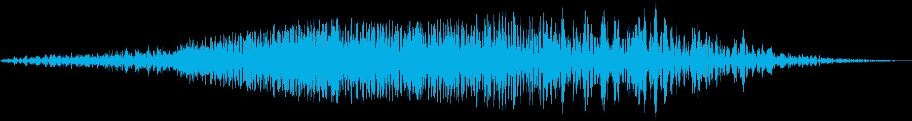 飛行物体の通過シーン(重量感)の再生済みの波形