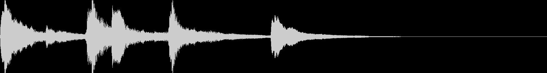 浮遊感がある神秘的なピアノジングルの未再生の波形