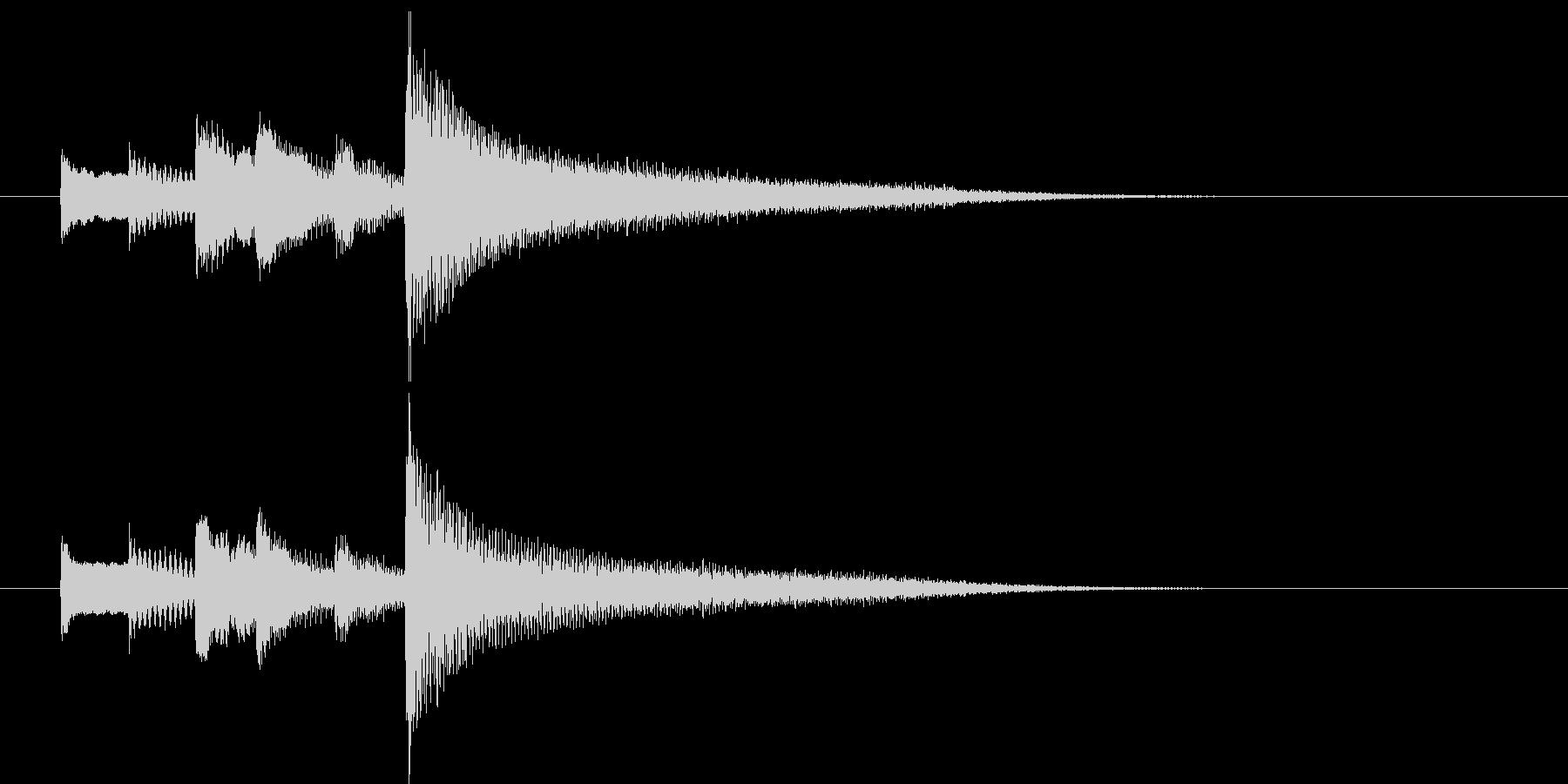 ピアノによる落ち着いたサウンドロゴの未再生の波形
