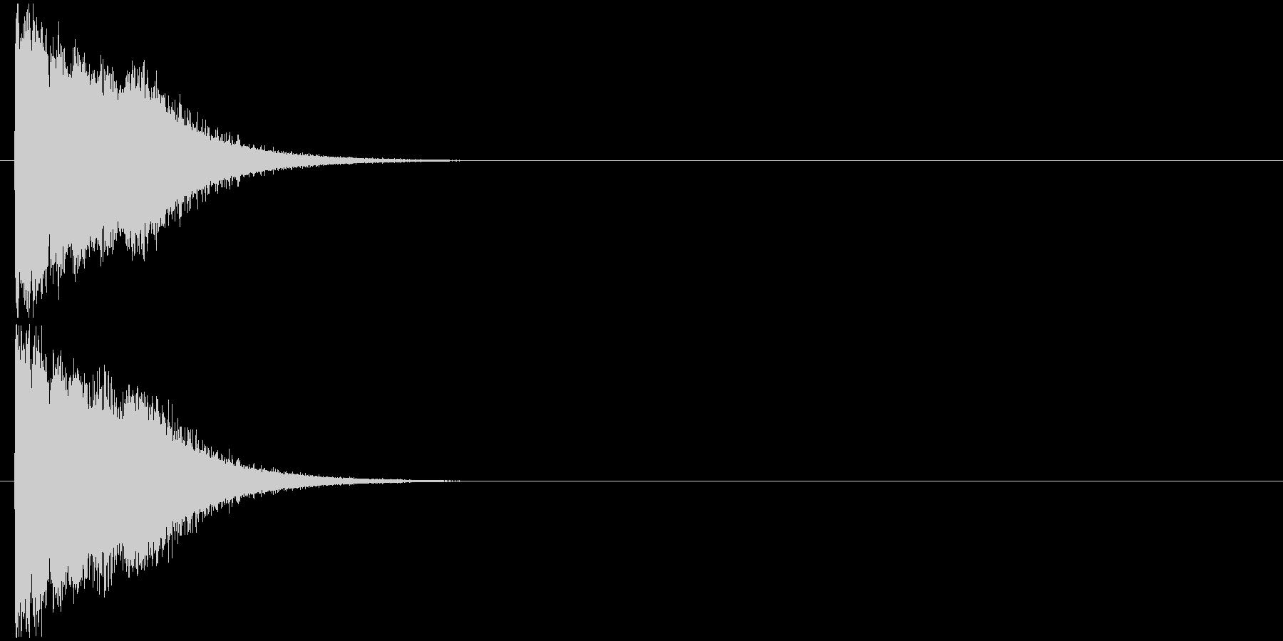 ピキューン 電気、雷撃、レーザー発射の未再生の波形