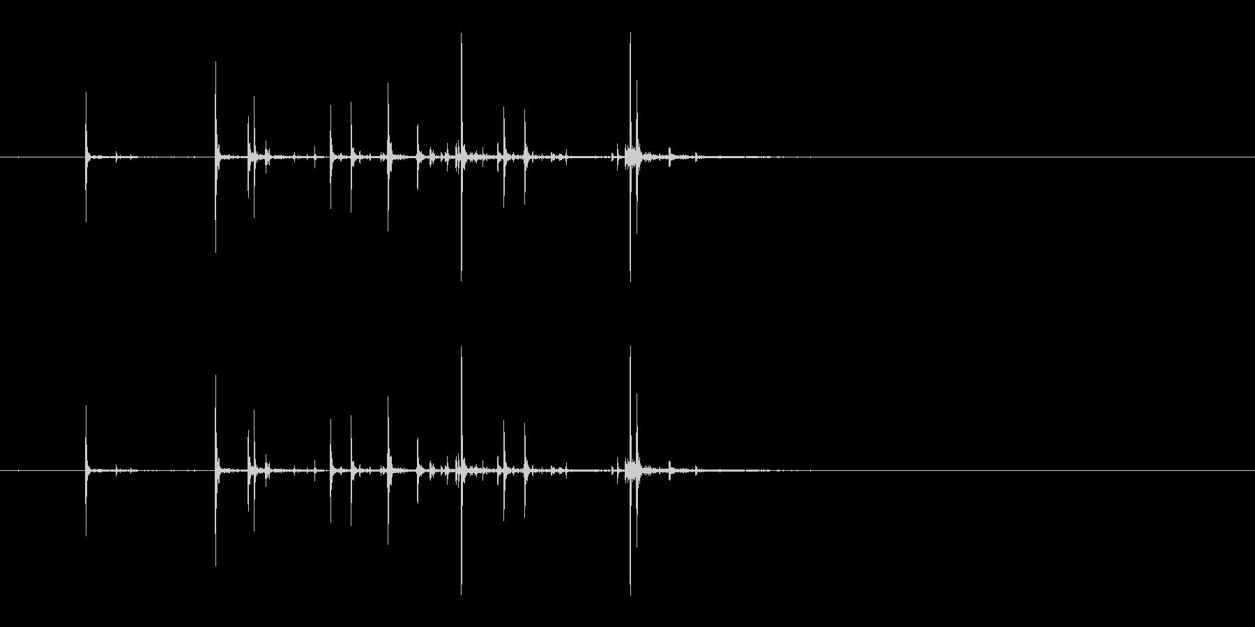 ピキピキピキッ(ヒビ/卵/孵化)の未再生の波形