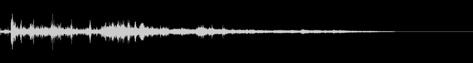 カミナリ(遠雷)-15の未再生の波形