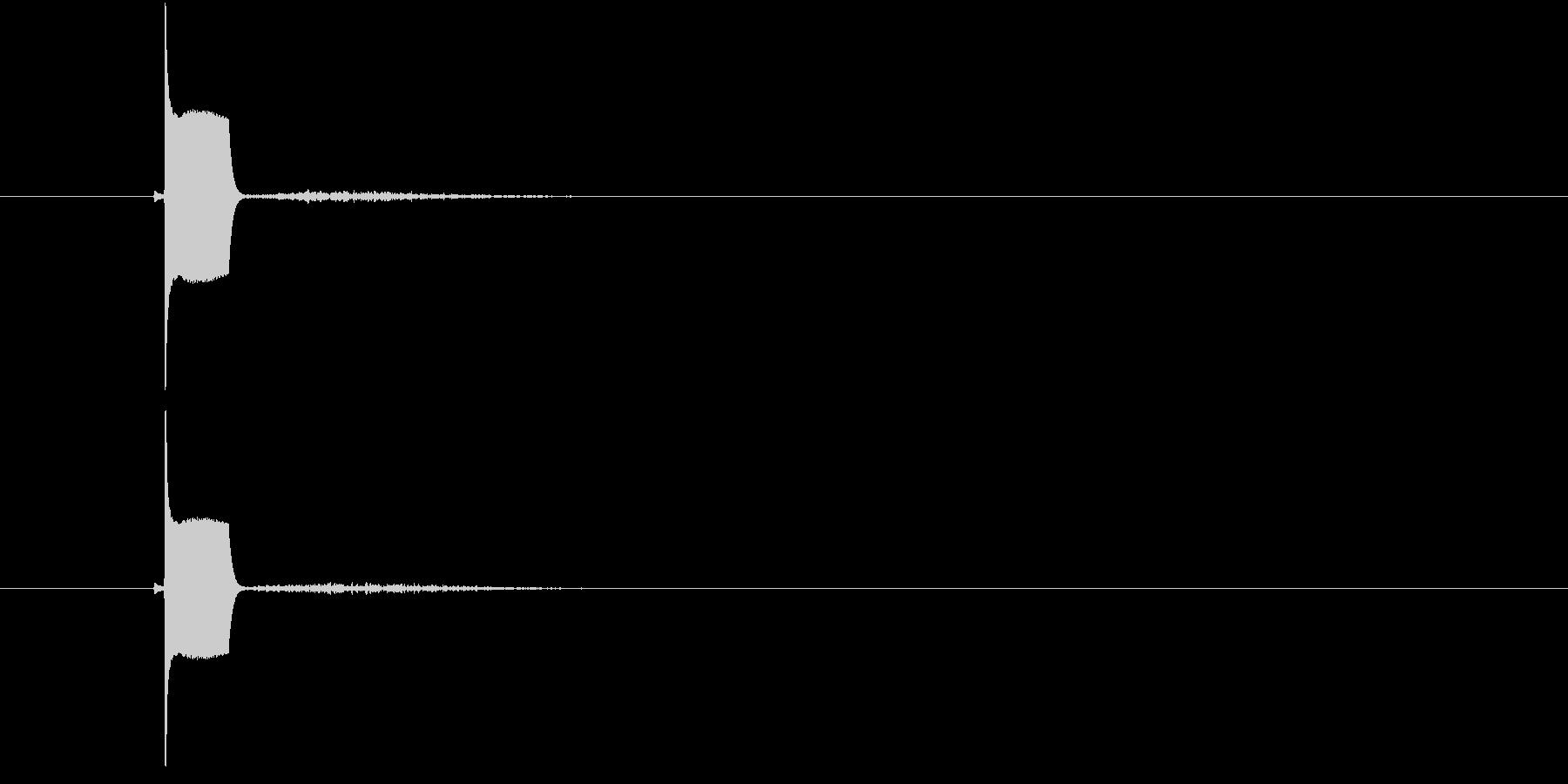 チュー(可愛らしい小鳥の鳴き声)の未再生の波形