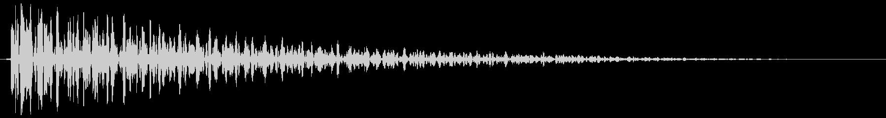 ボーン、ボォーン(柱時計、鐘の音)の未再生の波形