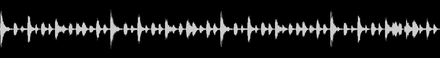 フィルタのかかったリズムとコンガのループの未再生の波形
