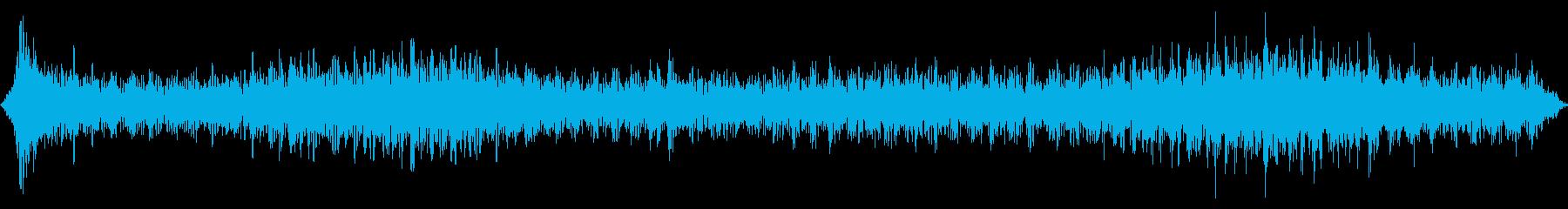 低反響音と反響するテレメトリ効果へ...の再生済みの波形
