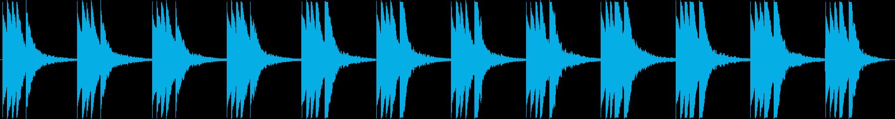 複雑な雰囲気のBGMの再生済みの波形