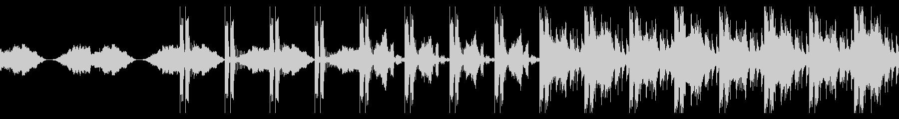 リズムメインのシネマティックエレクトロの未再生の波形