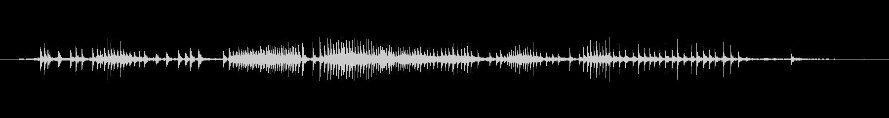 ワイヤーストレッチメカニズム、中程度の未再生の波形