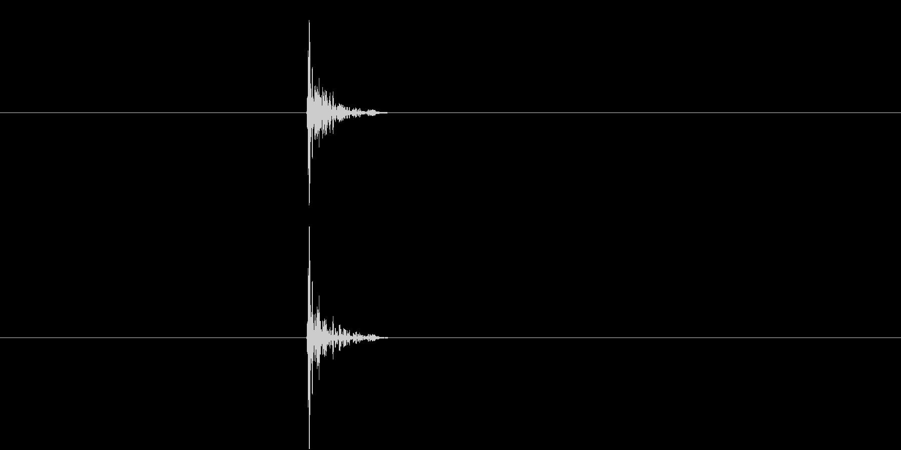 ぽん(弾ける・栓を抜く・着信音)の未再生の波形
