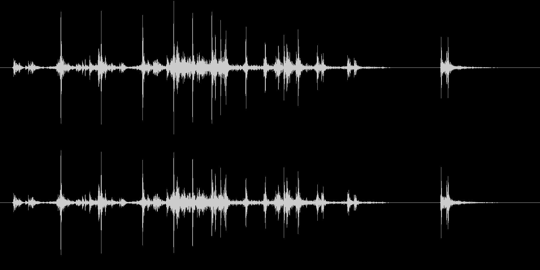 【生録音】カッターナイフの音 8の未再生の波形
