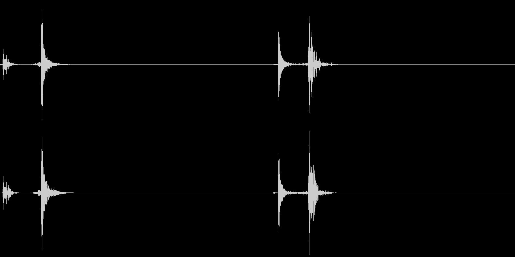 収納ドア開閉音の未再生の波形