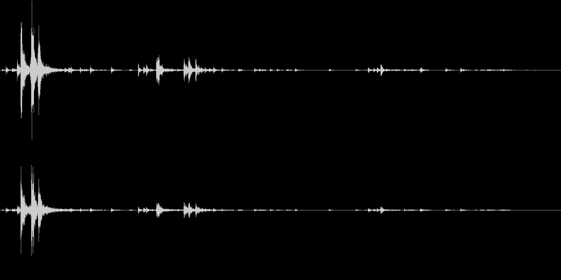 【生録音】ハンガーの音 5 まとめるの未再生の波形