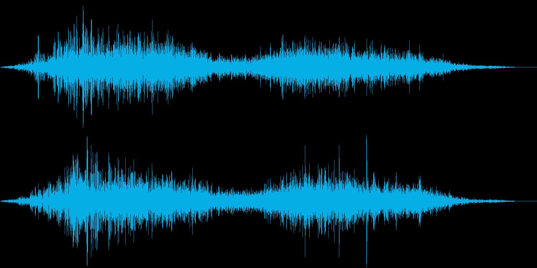 【生録音】布団を引きずる音 の再生済みの波形