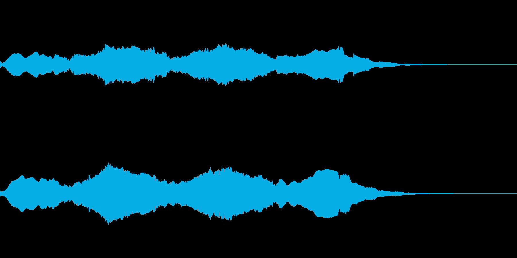 映画が始まる前のロゴ風の音の再生済みの波形