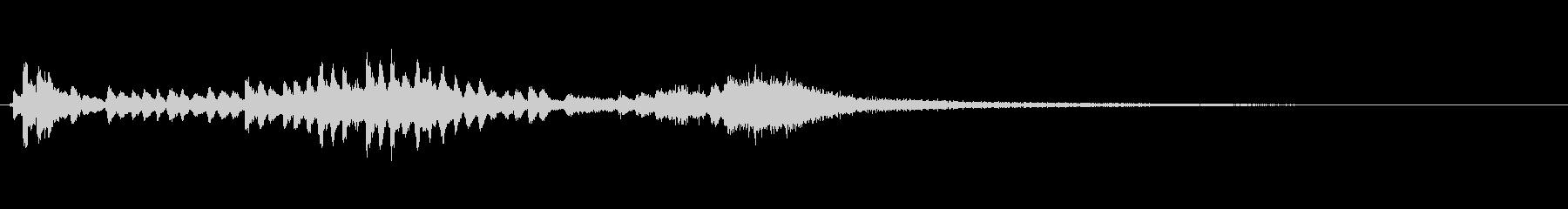 優雅な和風サウンド 琴のトレモロの未再生の波形