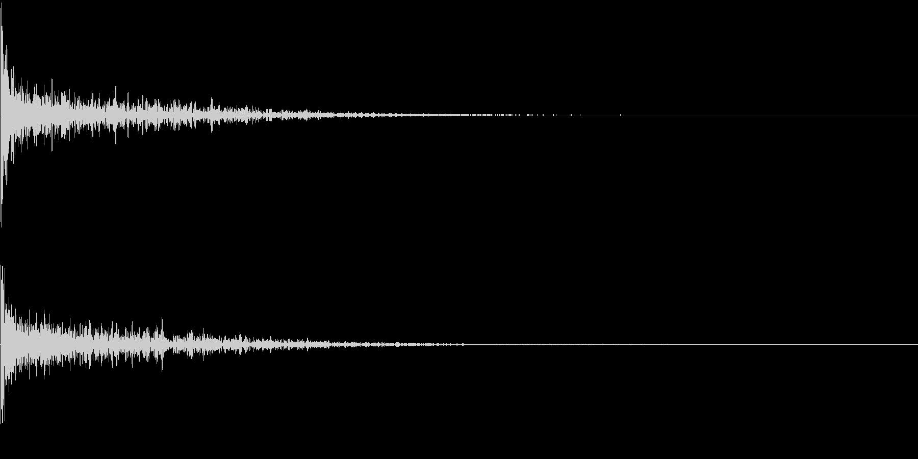 打撃系一発 タイトルロゴ、決定音の未再生の波形