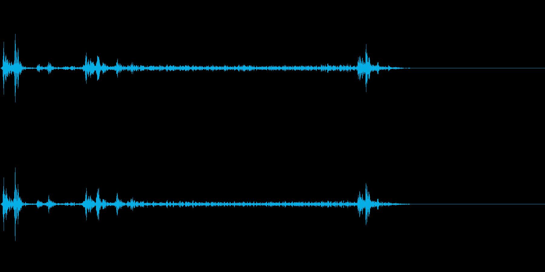 スマートフォンで鳴るカメラのシャッター音の再生済みの波形
