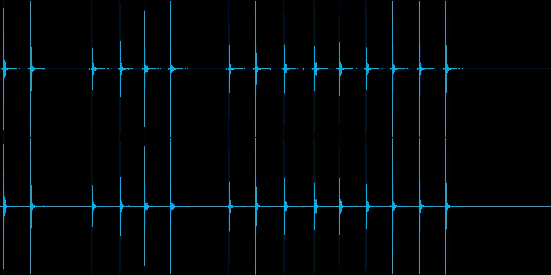 ペイントボールガン:半自動:複数の...の再生済みの波形