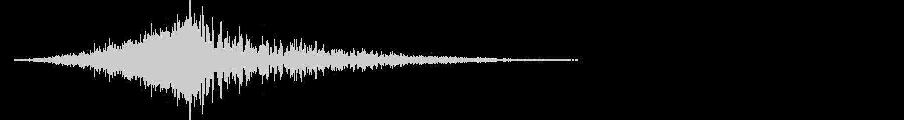 シュードカーン:上昇して爆発する音の未再生の波形