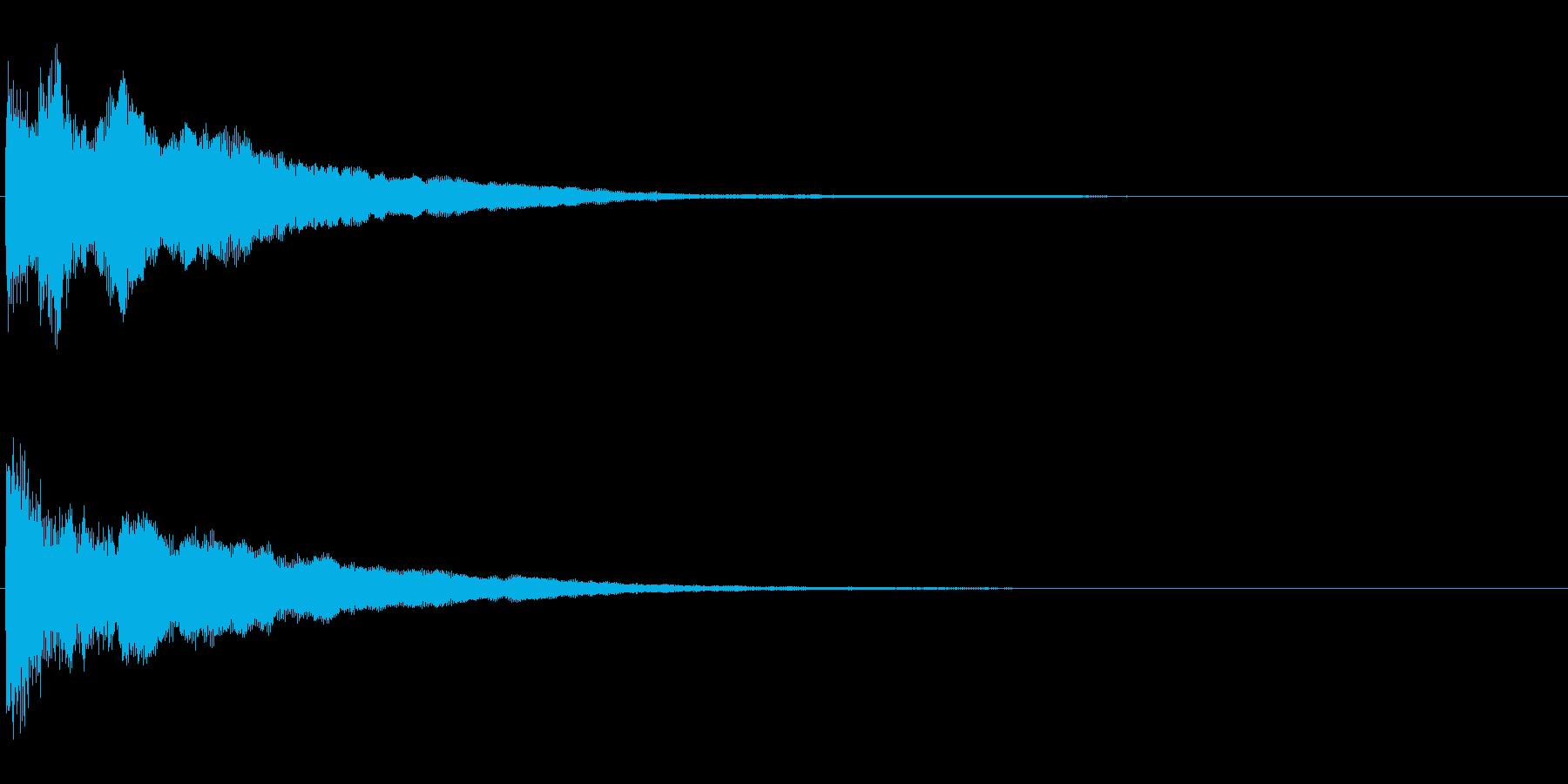 不気味な余韻の鐘の再生済みの波形