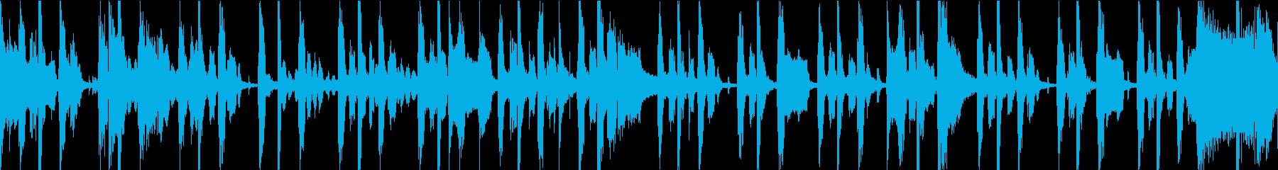 ゆっくりと溝が刻まれたレゲエトラッ...の再生済みの波形