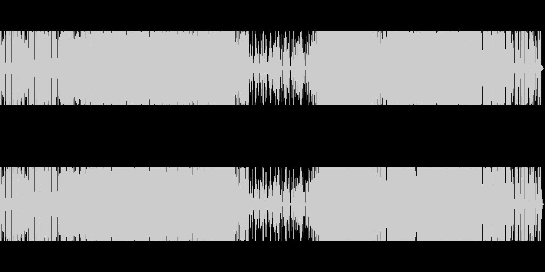 エレクトロ。離調したピアノ。の未再生の波形