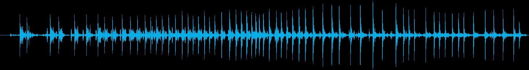 ヘビーレザーまたはビニール圧力クリ...の再生済みの波形