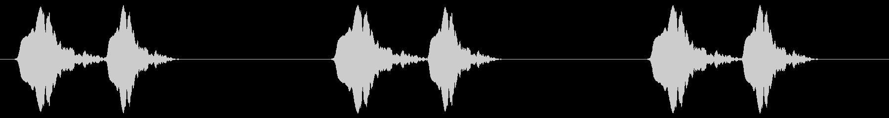 電球を回す (キュィッ×3)の未再生の波形