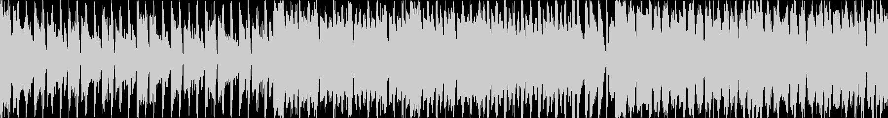 歌物っぽいノリ良い四つ打ちポップスの未再生の波形