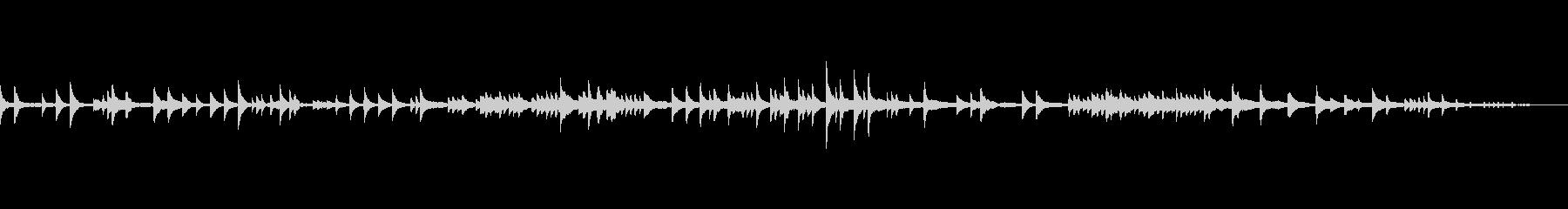アンニュイなピアノソロの未再生の波形