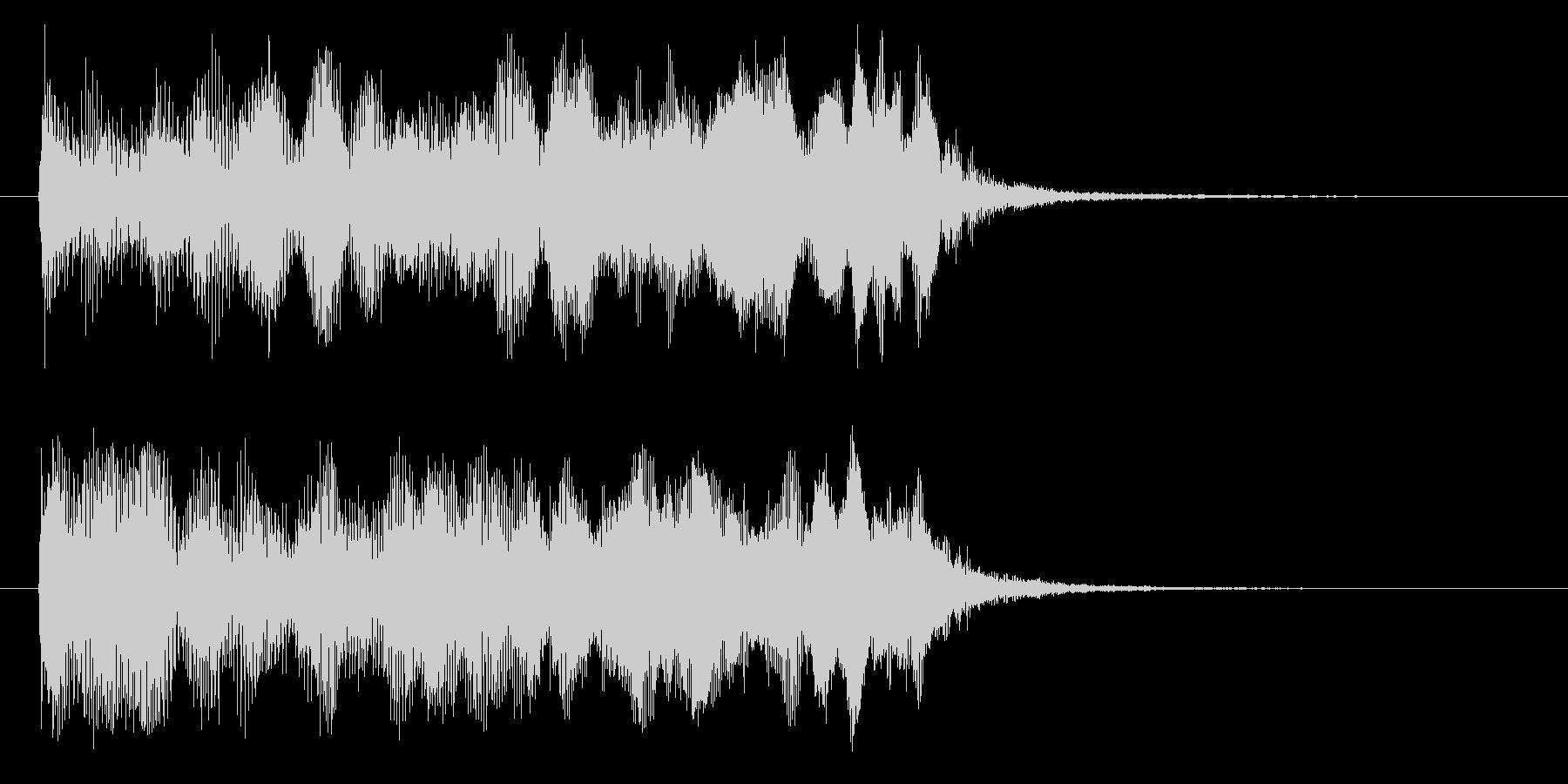 ジューーン(機械的な上昇音)の未再生の波形
