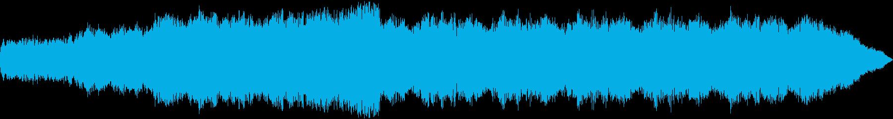 重厚なハーモニーから始まる神聖な曲の再生済みの波形