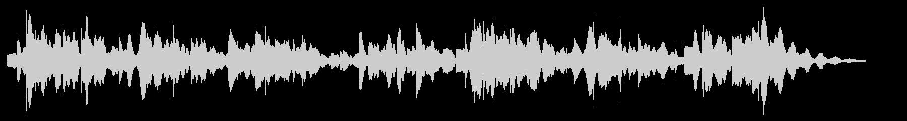 落ち着いたオルゴールのような電子ピアノ曲の未再生の波形