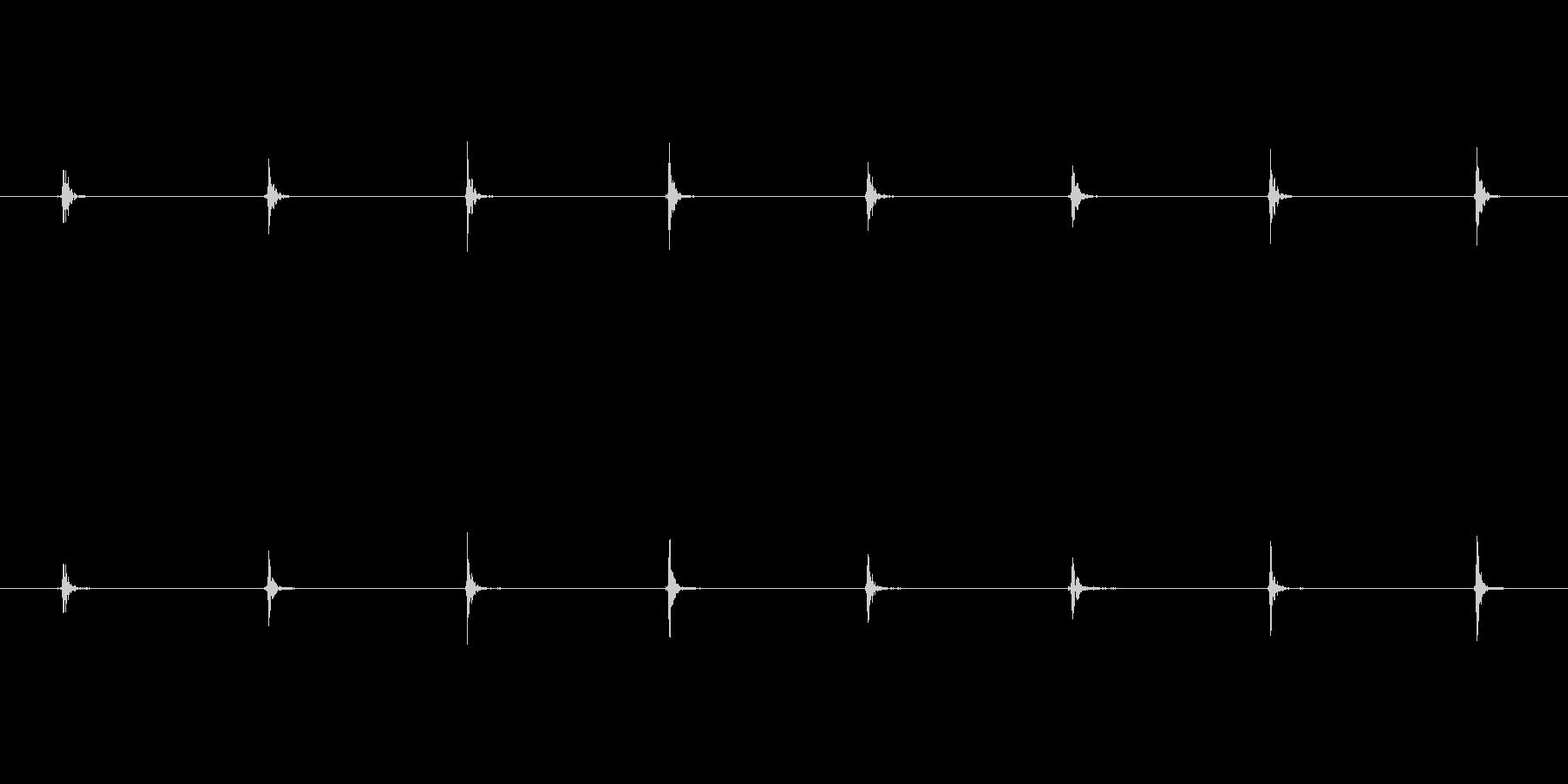 モンスター 足音トドル04の未再生の波形