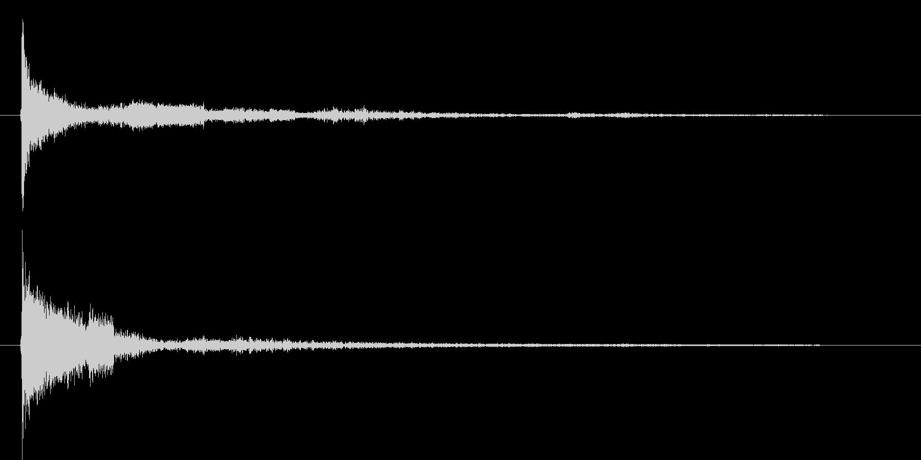 パリーン(ボタンクリック音)の未再生の波形