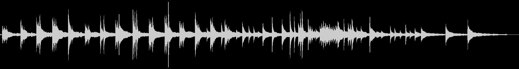 間と響で聞かせるピアノソロ曲の未再生の波形