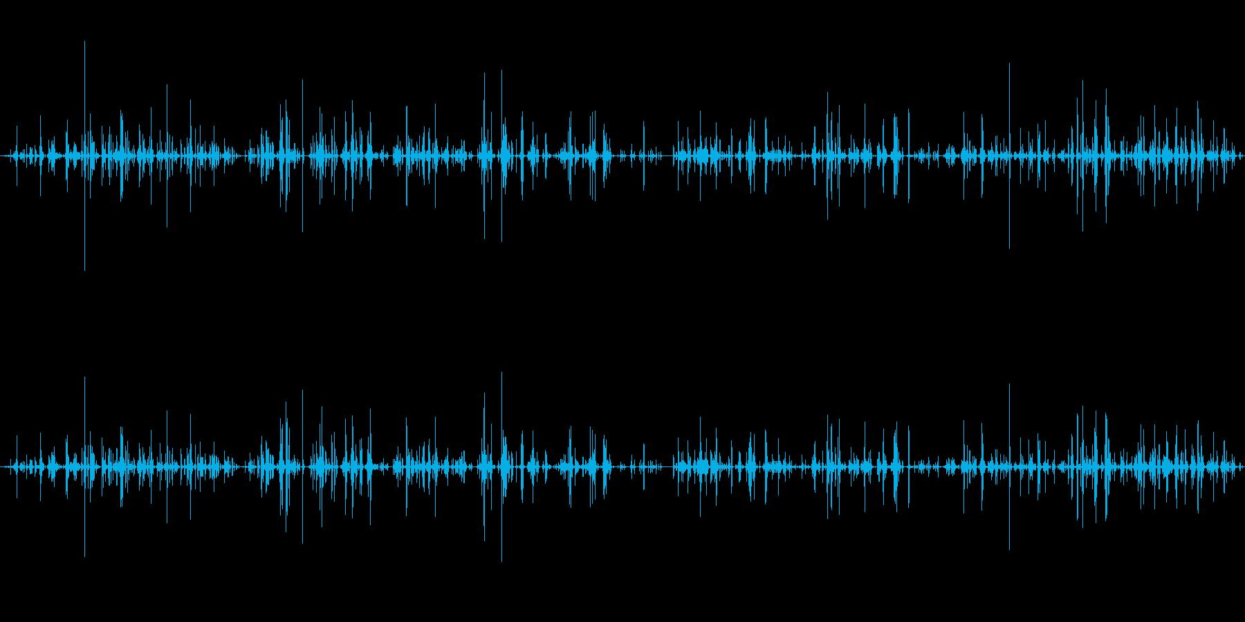 キー キーホルダー中型ラトルシーケ...の再生済みの波形